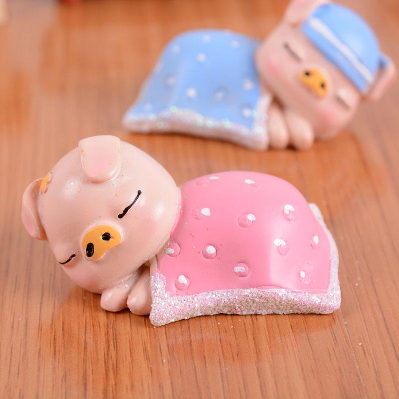 睡懒觉不起床的小懒猪